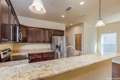 Alachua Condo/Townhouse For Sale: 10779 NW 65TH Way