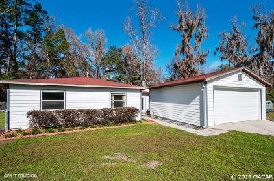 Alachua Single Family Home For Sale: 12812 NW 75TH Terrace