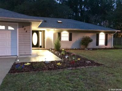 Newberry Single Family Home For Sale: 204 SW 247th Way