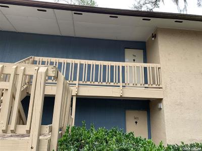 Gainesville Condo/Townhouse For Sale: 2811 SW Archer Road #R-144