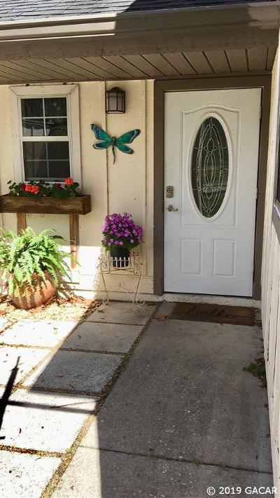 Gainesville Condo/Townhouse For Sale: 5418 SW 4th Place