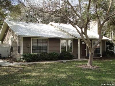 Gainesville Single Family Home For Sale: 2824 SW 38th Place