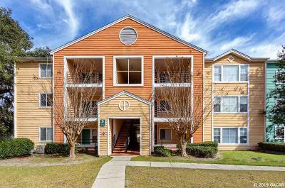 Gainesville Condo/Townhouse For Sale: 2601 SW Archer Road #D213
