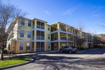 Gainesville Condo/Townhouse For Sale: 2221 NW 16th Terrace