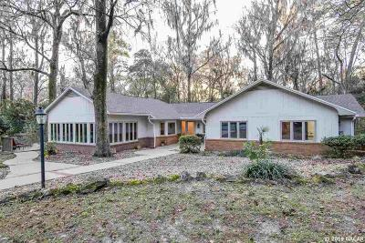 Gainesville FL Single Family Home For Sale: $437,500