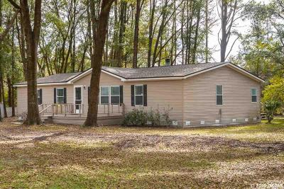 High Springs Single Family Home For Sale: 522 SE Maid Marion Lane
