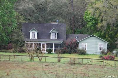 Alachua Single Family Home For Sale: 21912 NW 62nd Avenue