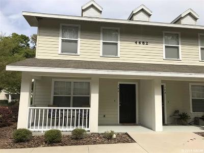 Gainesville Condo/Townhouse For Sale: 4682 SW 48TH Drive #127