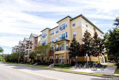 Gainesville Condo/Townhouse For Sale: 1185 SW 9TH Road #212