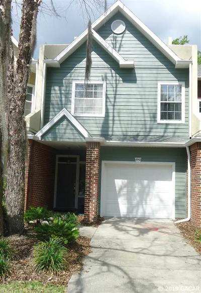 Gainesville Condo/Townhouse For Sale: 4942 NW 1ST Place
