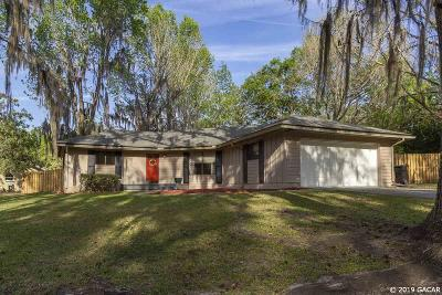 Gainesville Single Family Home For Sale: 501 NW 103rd Terrace