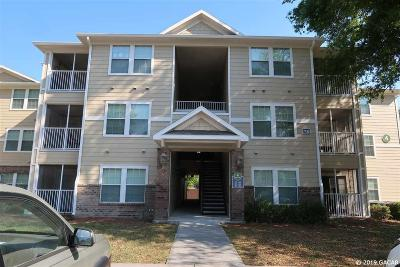 Gainesville Condo/Townhouse For Sale: 7132 SW 4 Road #220