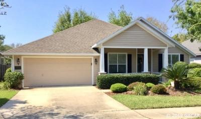 Gainesville Single Family Home For Sale: 7594 SW 84th Drive