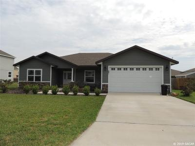 Newberry Single Family Home For Sale: 991 NW 233rd Drive