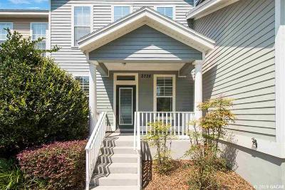 Gainesville Condo/Townhouse For Sale: 2738 SW 87th Way