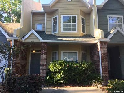 Gainesville Condo/Townhouse For Sale: 4946 NW 1st Place