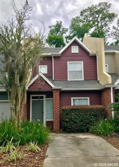 Gainesville Condo/Townhouse For Sale: 5051 NW 1st Place