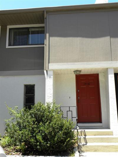 Gainesville Condo/Townhouse Pending: 1418 SW 25th Place