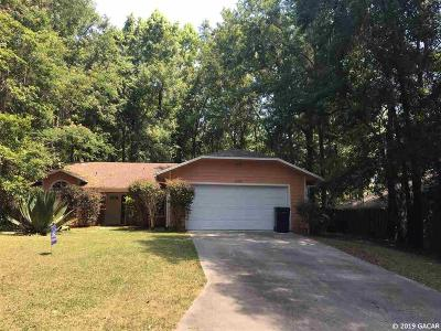 Gainesville Single Family Home For Sale: 610 NW 39 Drive