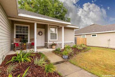 Newberry Single Family Home For Sale: 14174 NW 9TH