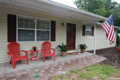 Newberry Single Family Home For Sale: 24732 SW 1ST