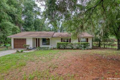 Gainesville Single Family Home For Sale: 5331 NW 4th Place