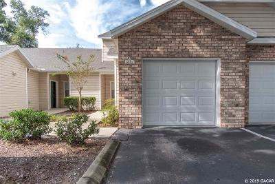Gainesville Condo/Townhouse For Sale: 4700 SW Archer Road #M92