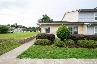 Gainesville Condo/Townhouse For Sale: 1609 NW 29th Rd #Q-229