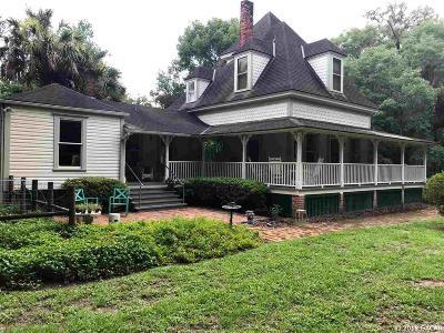 Melrose Single Family Home For Sale: 6201 Hampton Street