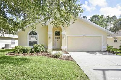 Gainesville Single Family Home For Sale: 3647 NW 60 Place