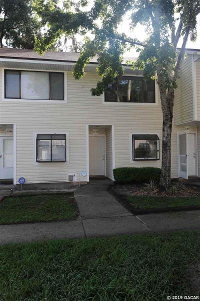 Gainesville Condo/Townhouse For Sale: 6136 SW 8 Place