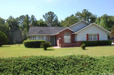 Melrose Single Family Home For Sale: 101 Paran Dr