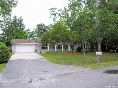 Gainesville Single Family Home For Sale: 2211 NW 58 Terrace