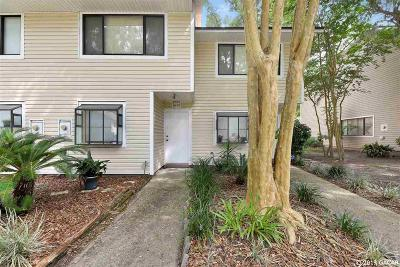 Gainesville Condo/Townhouse For Sale: 6139 SW 8TH Place