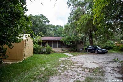 Melrose Single Family Home For Sale: 505 SE 3rd Avenue