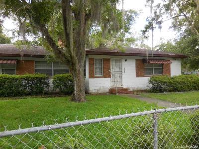 Hawthorne Single Family Home For Sale: 6533 SE 215th Street