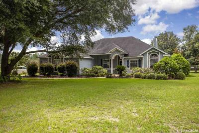 High Springs Single Family Home For Sale: 21025 NW 167TH Place