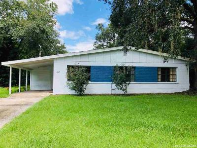 Gainesville Single Family Home For Sale: 2619 NE 10th Terrace