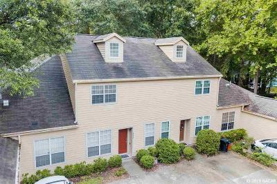 Gainesville Condo/Townhouse For Sale: 5232 SW 97th Way