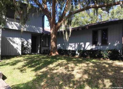 Gainesville Condo/Townhouse For Sale: 1674 NW 19th Circle