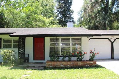Gainesville Single Family Home For Sale: 1741 SW 38th Place