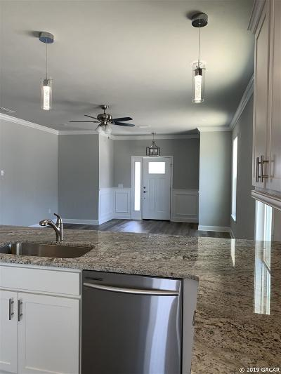 Gainesville Single Family Home For Sale: 1617 NW 120th Way