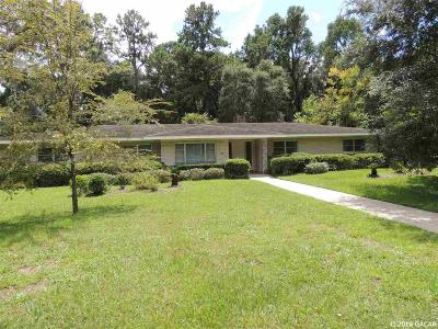 Gainesville Single Family Home For Sale: 611 SW 16TH Place