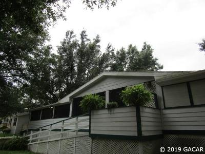 Alachua Single Family Home For Sale: 16004 NW 141 (North Main St) Street