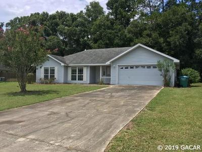 Newberry Single Family Home For Sale: 982 NW 256 Drive