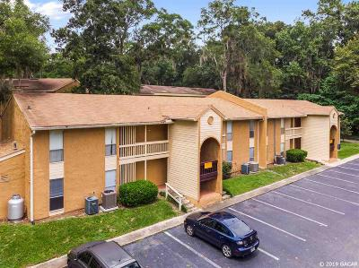 Gainesville Condo/Townhouse For Sale: 1810 NW 23rd Boulevard #157