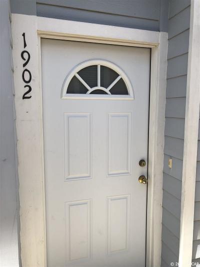 Gainesville FL Condo/Townhouse For Sale: $132,000