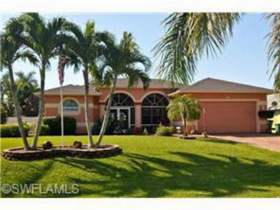 Cape Coral FL Single Family Home For Sale: $334,500