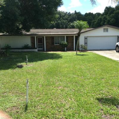 North Fort Myers Single Family Home For Sale: 10290 Bayshore Rd