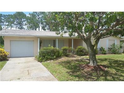 Cape Coral Single Family Home For Sale: 1305 SW 21st Ter